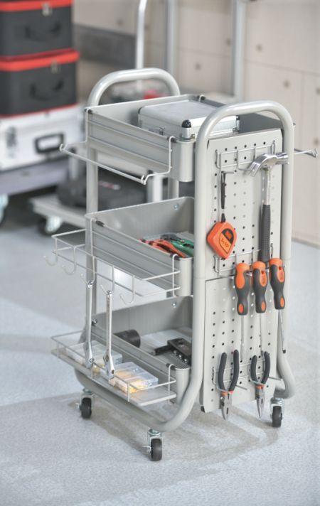 Chariots utilitaires roulants en métal - La construction en acier solide offre une résistance et une stabilité exceptionnelles