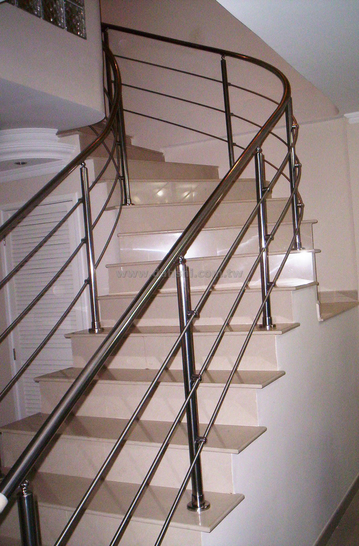 Handrail and Balusters Story for Eugenio Linares