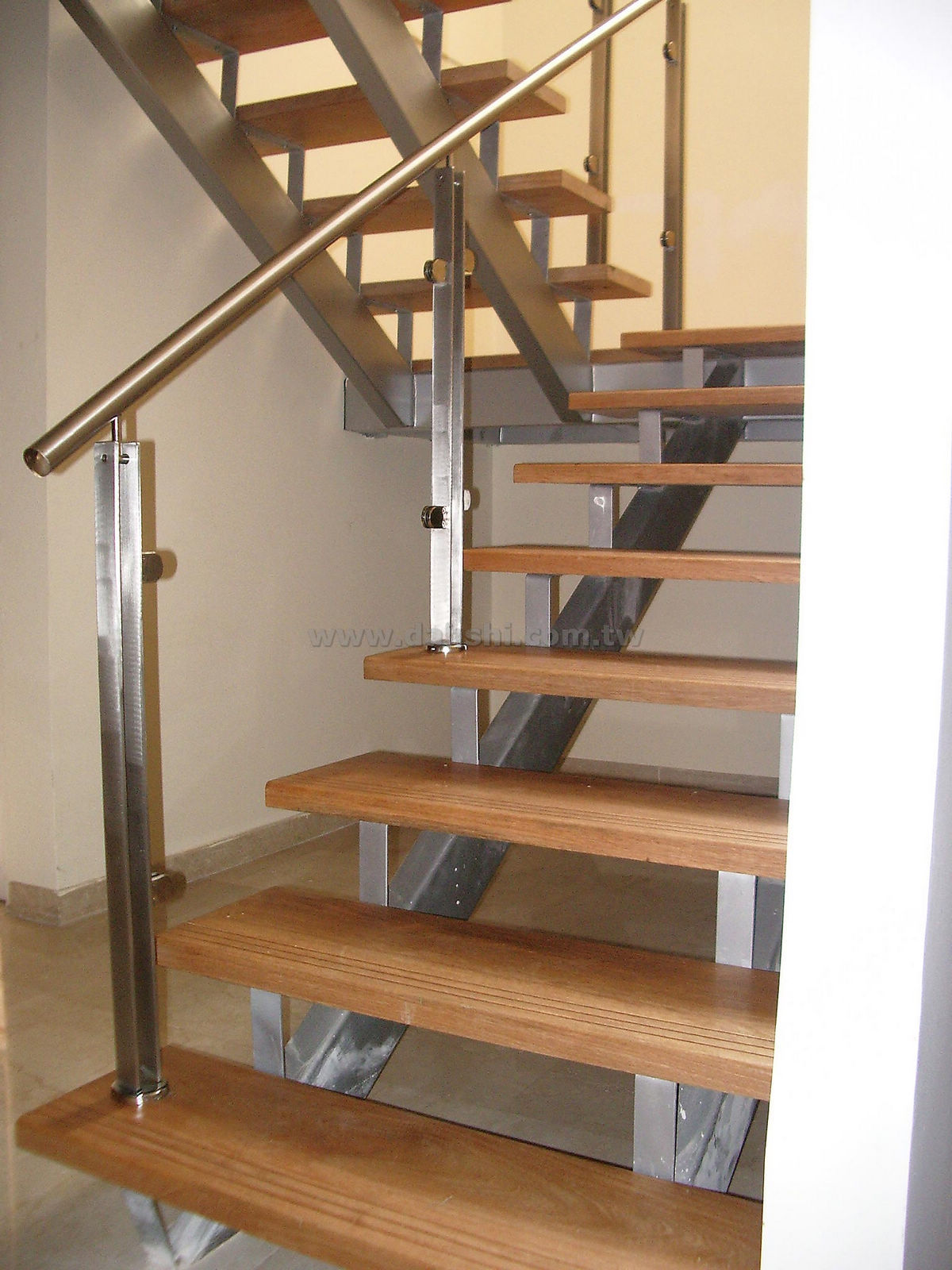 Handrail and Balusters Story for Luis Roldan
