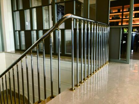 Taoyuan Art Square - Beautiful Garden Mansion - Stainless Steel Round Tube ornament Titanium coating accessories that change people's  stereotype of stainless steel material railing.  Here the railing not just for safety but also bring the feeling of luxury.
