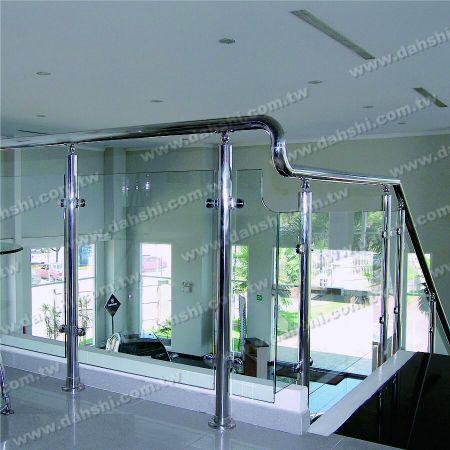 Stainless Steel Handrail Elbow & Multiple Joiner