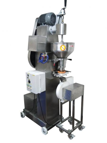 Rice-Ball Filling and Forming Machine