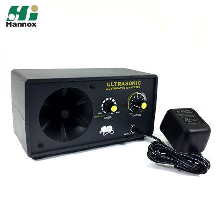 Multi-functional Ultrasonic Pest Repeller - Multi-functional Ultrasonic Pest Repeller