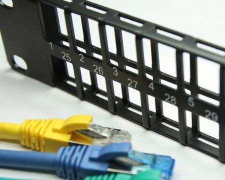 RJ45 patch panelek - Üres Patch Panel