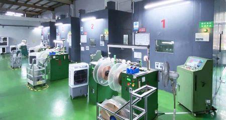 Bélyegzés (havi gyártási kapacitás: 200 millió db)