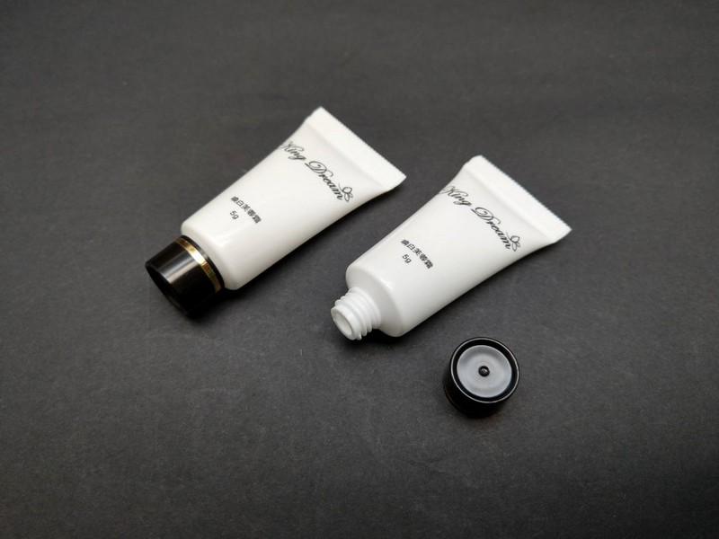 Tutup Sekrup Standar untuk tabung kosmetik 10ml