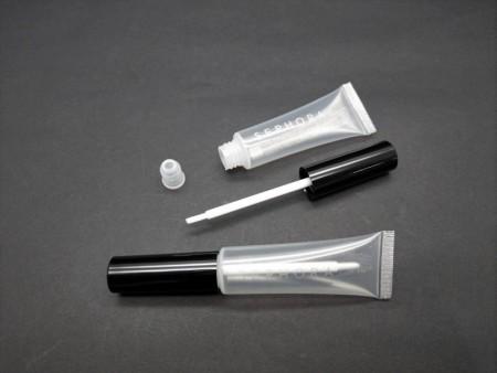 Flexible Tube with Lip Gloss Brush Wiper Cap