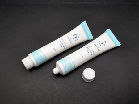 Tutup Sekrup Bergerigi Kecil untuk tabung gel kolagen 30ml