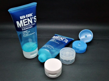Details of Pharmacy moisture facial foam empty tube.