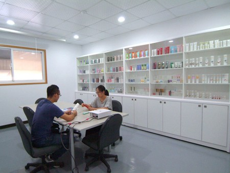 Professional cosmetic tube manufacturer.