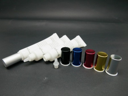 Tabung Ujung Nosel dengan Tutup Sekrup Aluminium untuk krim penenang jerawat - Ujung Nosel + Tutup Sekrup Aluminium
