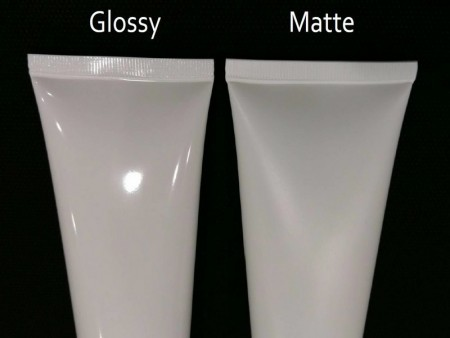 น้ำมันเคลือบสำหรับหลอดเครื่องสำอาง / เคลือบเงาหรือเคลือบด้าน