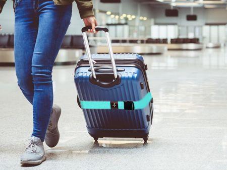 Aksesori tekstil untuk tali bagasi.