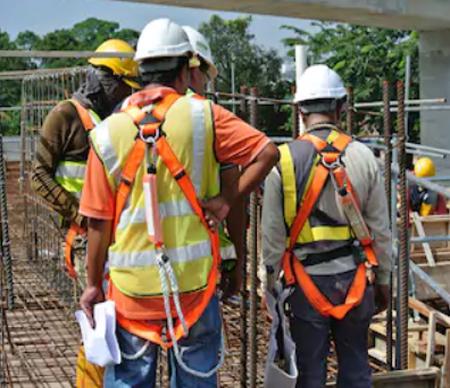 Accessoires textiles industriels pour harnais de sécurité.