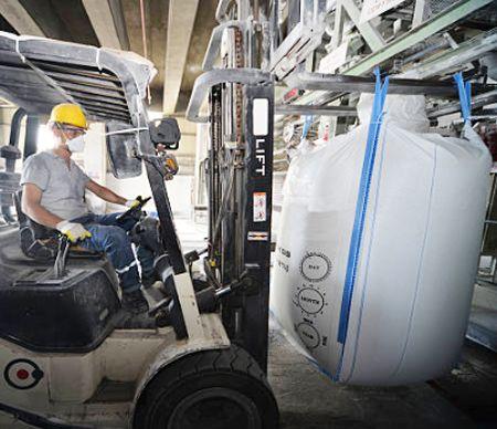 स्टीवडोर पट्टियों के लिए औद्योगिक वस्त्र सहायक उपकरण।