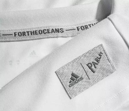 Étiquettes tissées