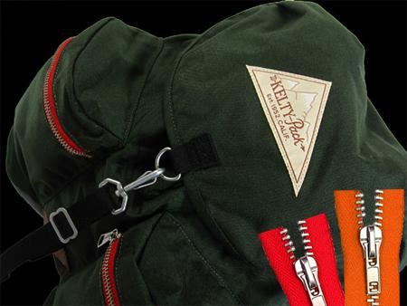 バックパック用メタルジッパー付き。