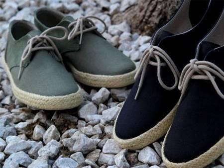 팁핑 필름이 있는 로프 신발끈.