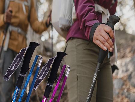 Ruban large et étroit pour bâton de randonnée.