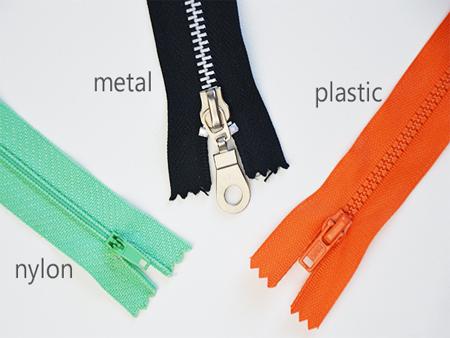 拉链带织布机和设备。拉链用服装配件