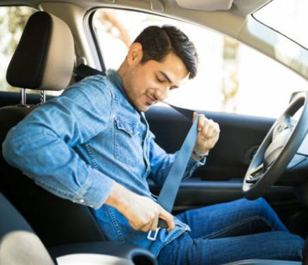 Cinturón de seguridad del coche