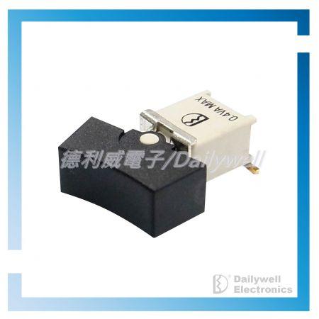 Utěsněné subminiaturní kolébkové spínače (SMT)
