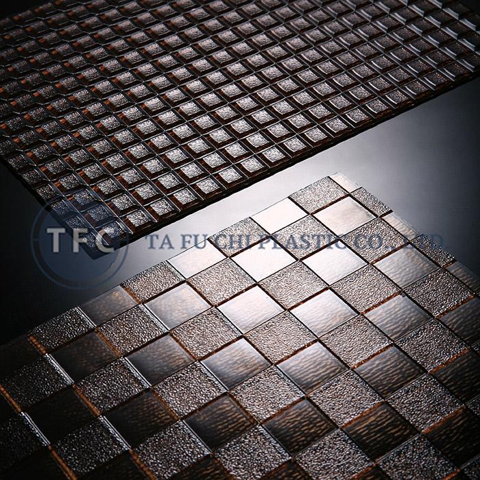 GPPS Kabartmalı Levha - PS kabartmalı tabakaların özelliği, desenlerin çeşitlendirilmesidir.