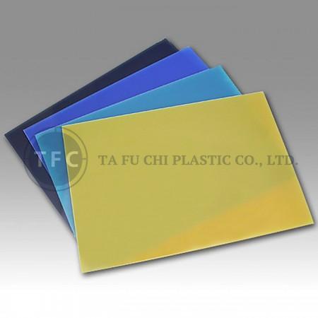 PS düz levha, hafif ve kolay temizlenir.