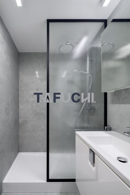 壓花板適合用來淋浴隔離。