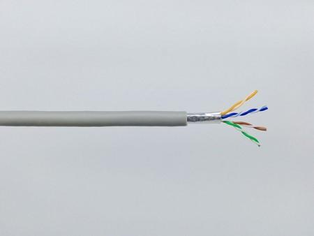 Câble LAN Hyper-Data 1000 Catégorie 5e F/UTP - Chat. 5e F-UTP, 100MHz