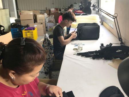 مجموعة صناعة يدوية