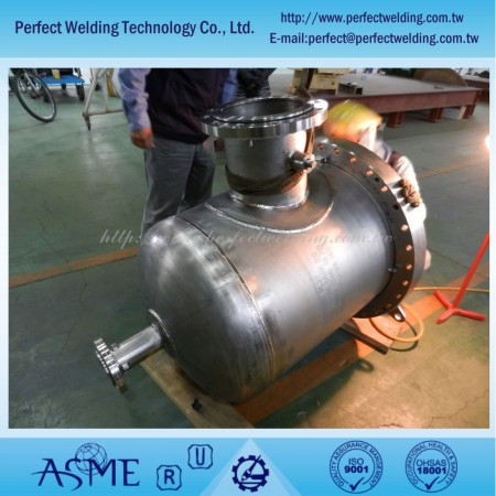ジルコニウム金属圧力容器