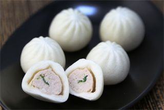 12-pleat leavened xiao long bao