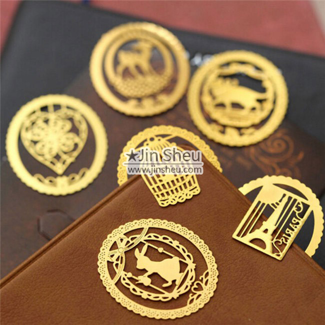 Custom photo etching bookmarks