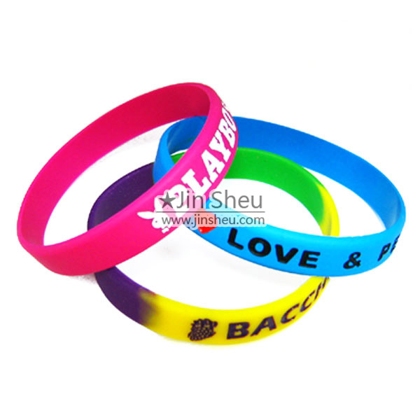 Cheap and best selling promotional silicone items