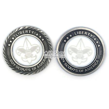 Diamond Cut Border crystal coins
