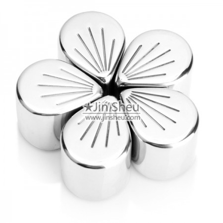 Petal Shape Cherry Blossoms Cooler Cubes - Flower metal ice cube