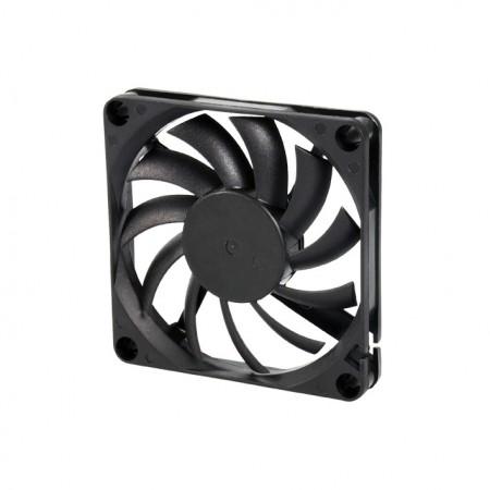 Es un ventilador de enfriamiento con CC y un ventilador de 70 mm x 70 mm x 10 mm.  Proporcionar modelos versátiles para adaptarse a las necesidades del usuario.