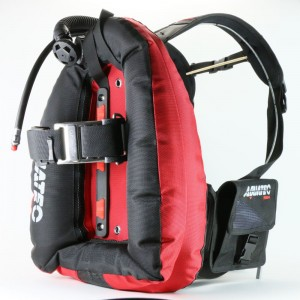 dive performance backmount BK/RD.