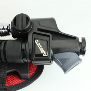 Power inflator with sub-alert for backmount diving