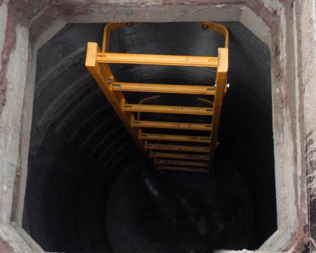 U bolt, step rungs and manhole steps fixing by chemical anchor