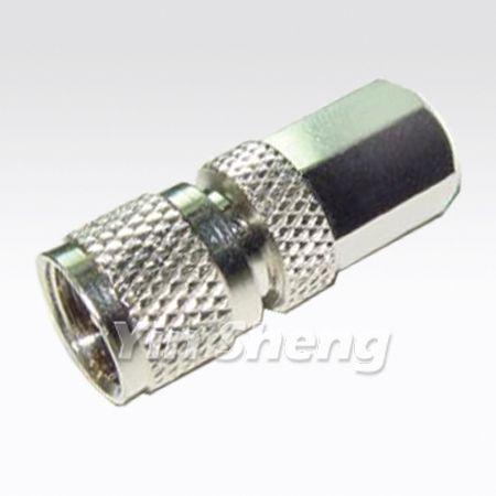 FME Plug To Mini UHF Plug Adaptor - FME Plug To Mini UHF Plug Adaptor