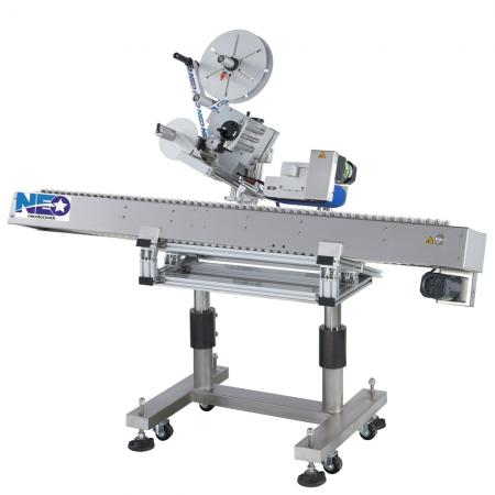 Automatic Horizontal Round Bottle Labeler