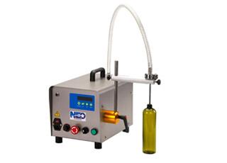 桌上型計量液體充填機