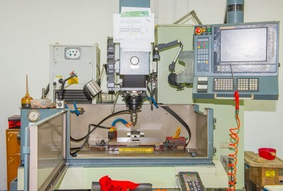 Numerical Control Sinker Electrical Discharge Machine