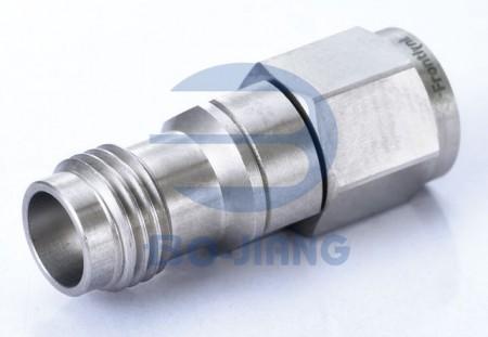 1.85mm JACK TO 2.4mm PLUG ADAPTOR - 1.85mm Jack to 2.4mm Plug Adaptor