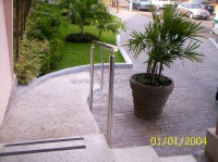 Policlinica Mar - Handrail and Balusters Story for Policlinica Mar