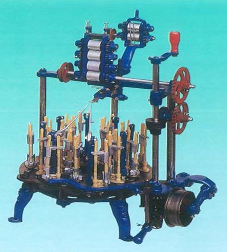 Traditional Braiding Machine (Flat tape) - KY-602 Traditional Braiding Machine