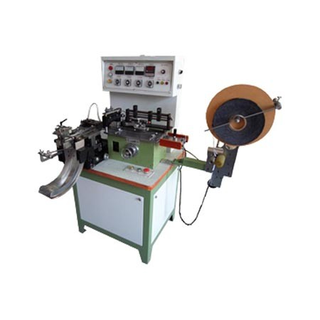 Intermediate Fold Automatic Label Cutting and Folding Machine