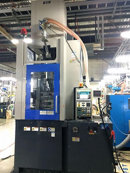 Inserir máquina de moldagem